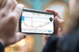 موبایل تریدر، سامانه خرید و فروش سهام