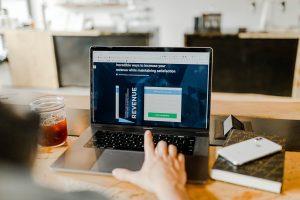 تحلیل رفتار مشتری و کنفرانس اپل ۲۰۱۹